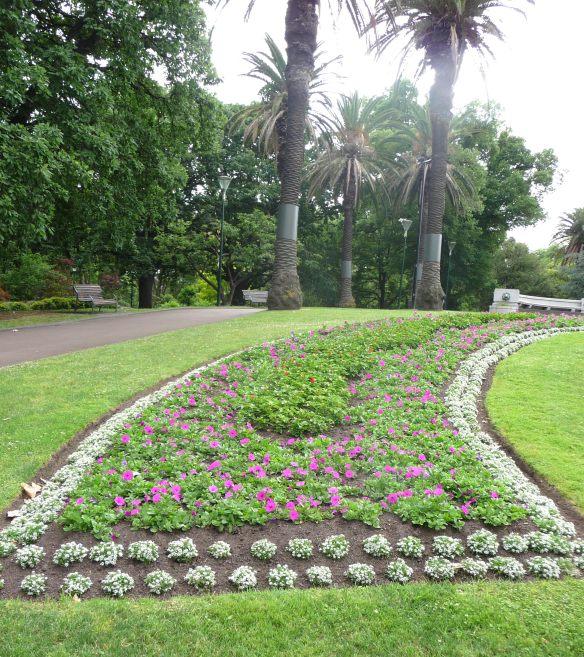 1.QV gardens