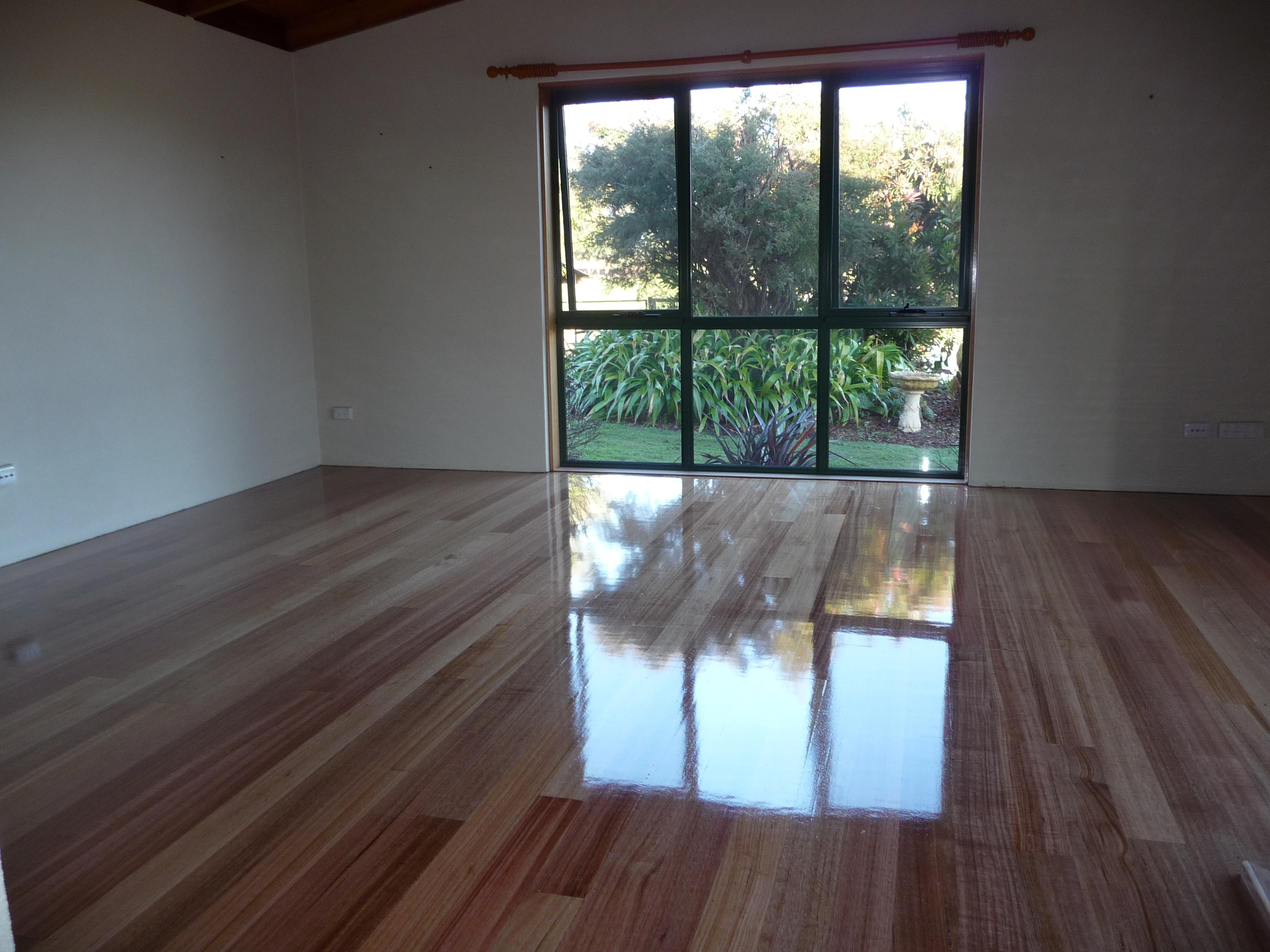 10.polished floor