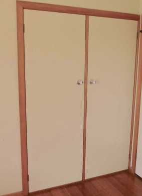 11.wardrobe doors before