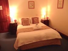 17.bedroom1