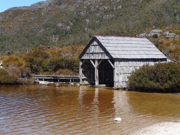 3.boathouse2