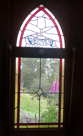 8.window2
