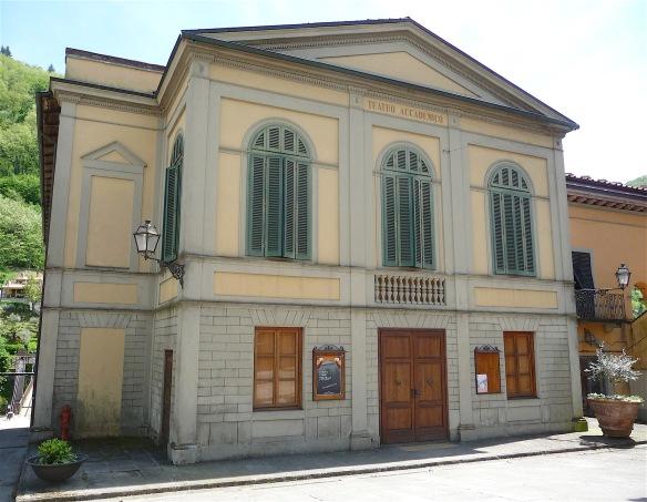 28.teatro accademico
