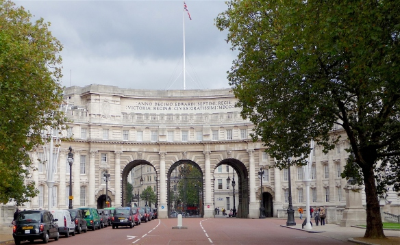 32.Admiralty Arch