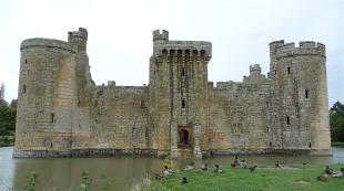 33.Bodiam Castle