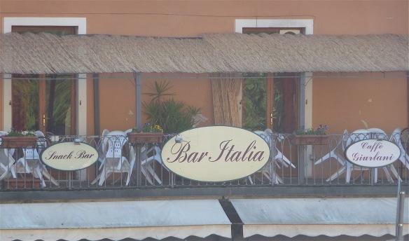 36.bar Italia