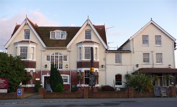 29.Windmill Inn Bembridge