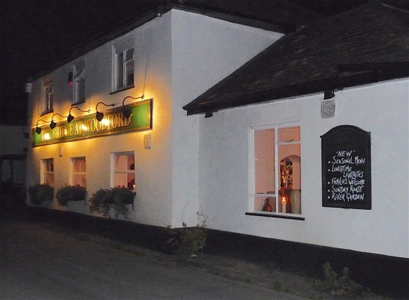 41.The Bridge Upp Woodford