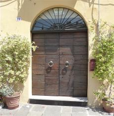 44.doorway4