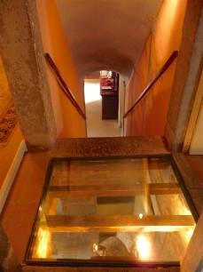 12.glass floor