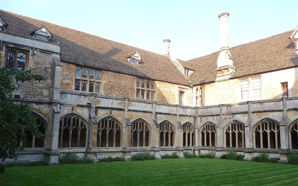 15.internal courtyard of the cloisters