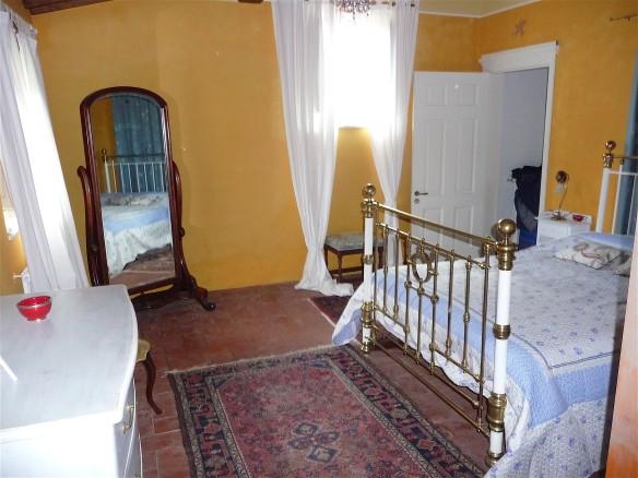 19.bedroom2