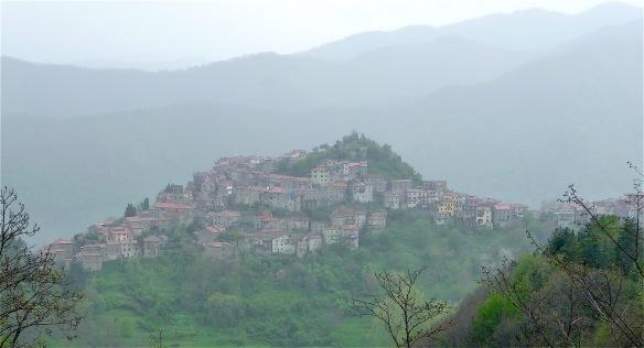 4.Montefegatesi