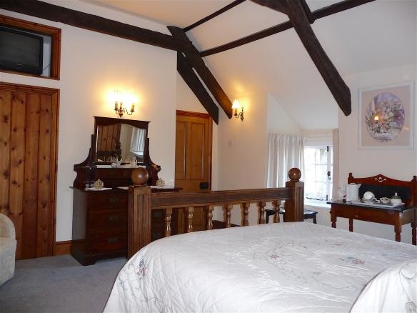14.bedroom