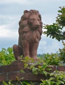 16.statue