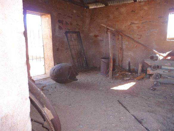 17.blacksmith's hut