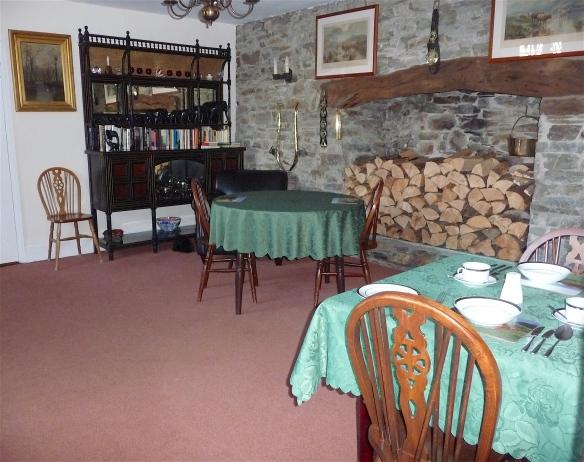 23.dining room