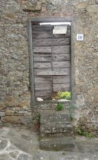 39.door