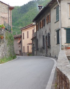 4.houses