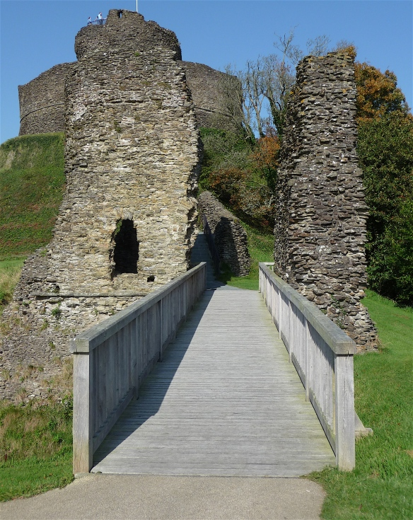 4.Launceston Castle