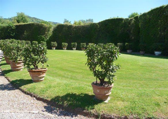 5.Italian garden
