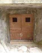 13.door1