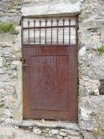 14.door2