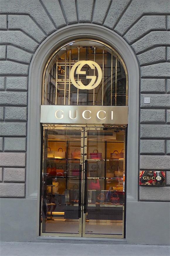 14.Gucci