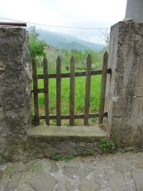 21.gate2