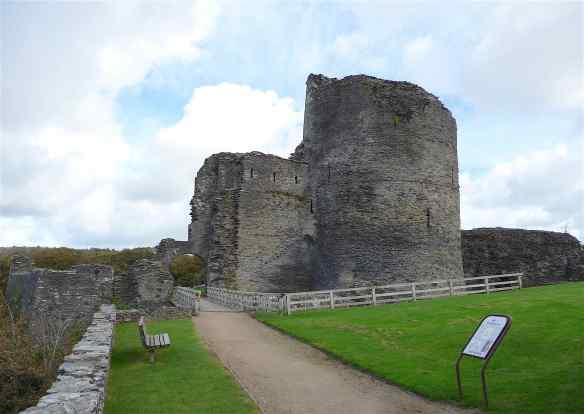 1-cilgerran-castle