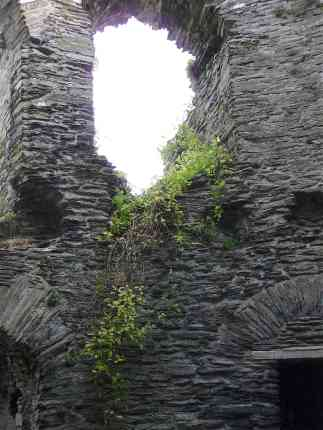 11-cilgerran-castle