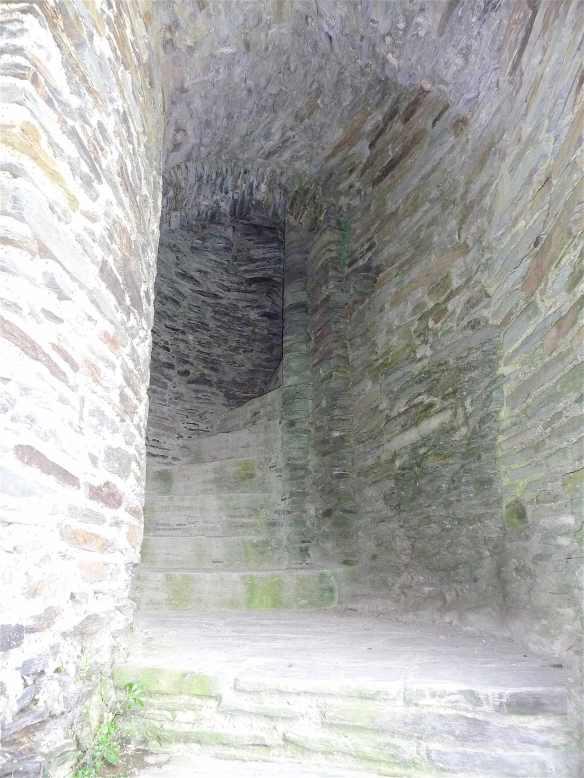 15-cilgerran-castle