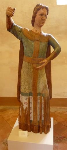 17-statue