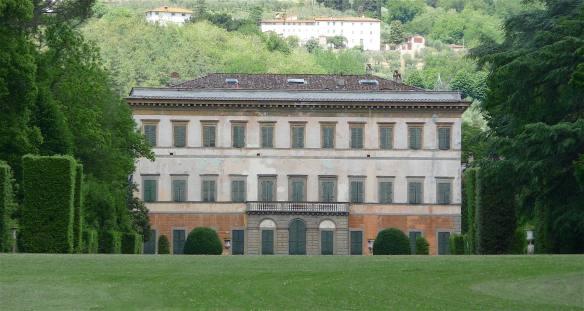 2-villa-reale-di-marlia