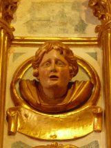 24-altar-face