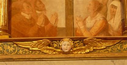 25-altar-face