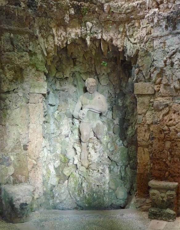 26-grotta-del-dio-pan