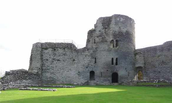 5-cilgerran-castle