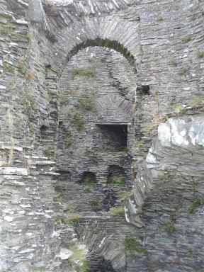 8-cilgerran-castle