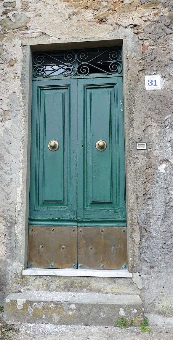 4-green-door
