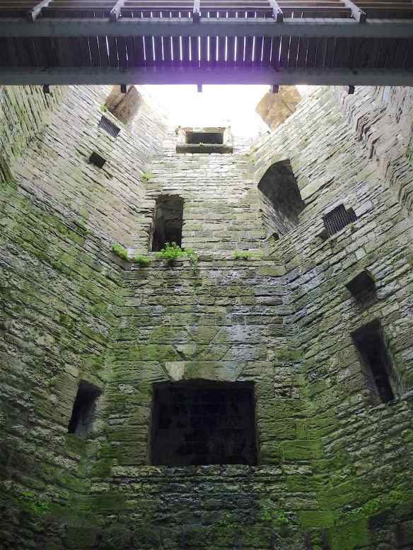 4-tower-interior