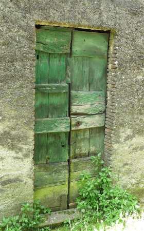 8-green-door