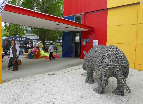 13-gabion-rhino