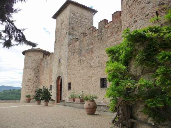 2-castello-di-gabbiano