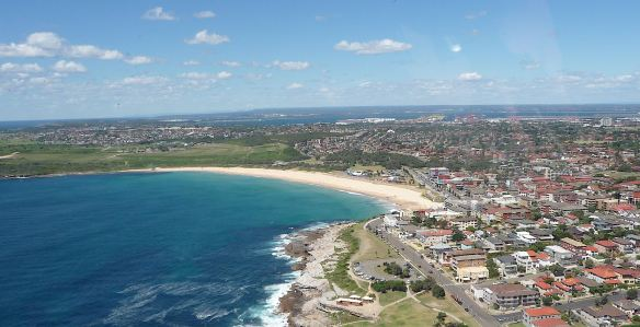 14-maroubra-beach
