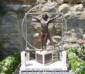 15-leonardo-di-vinci-monument