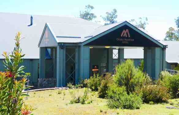 2-cradle-mountain-hotel