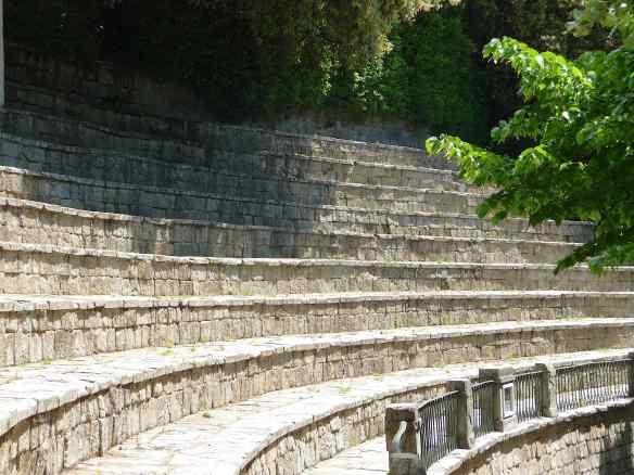 22-amphitheatre-parterre-gardens