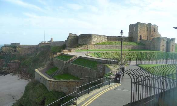 26-tynemouth-castle-priory