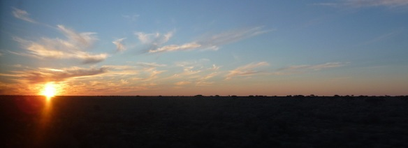 3-nullarbor-sunset